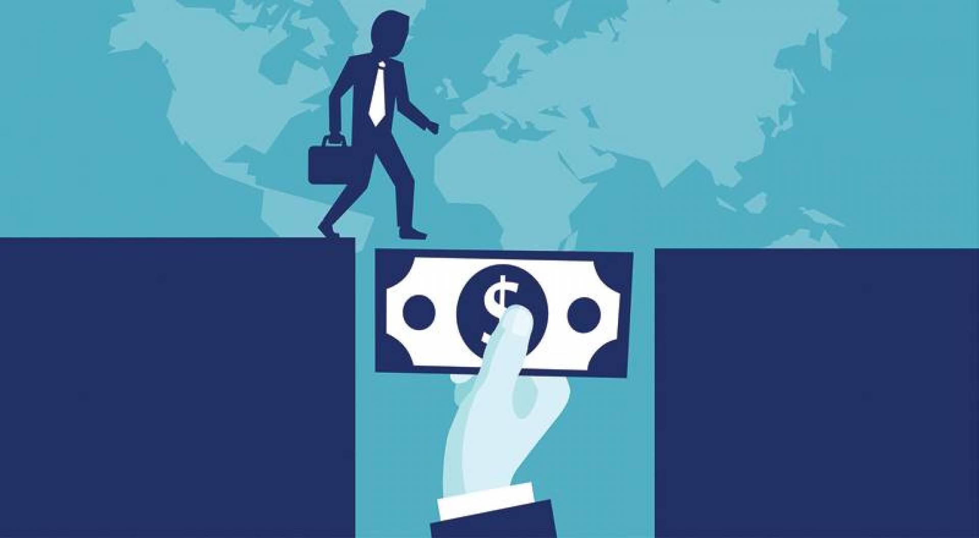 نائب رئيس شركة «بلاك روك»: القروض قلّصت مخاطر الإفلاس