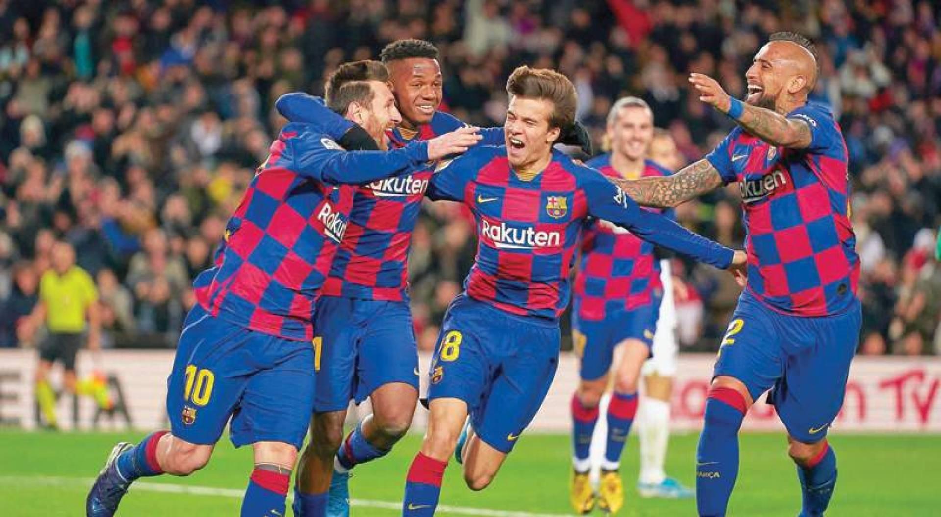 فريق برشلونة يحتاج الى تجديد الدماء