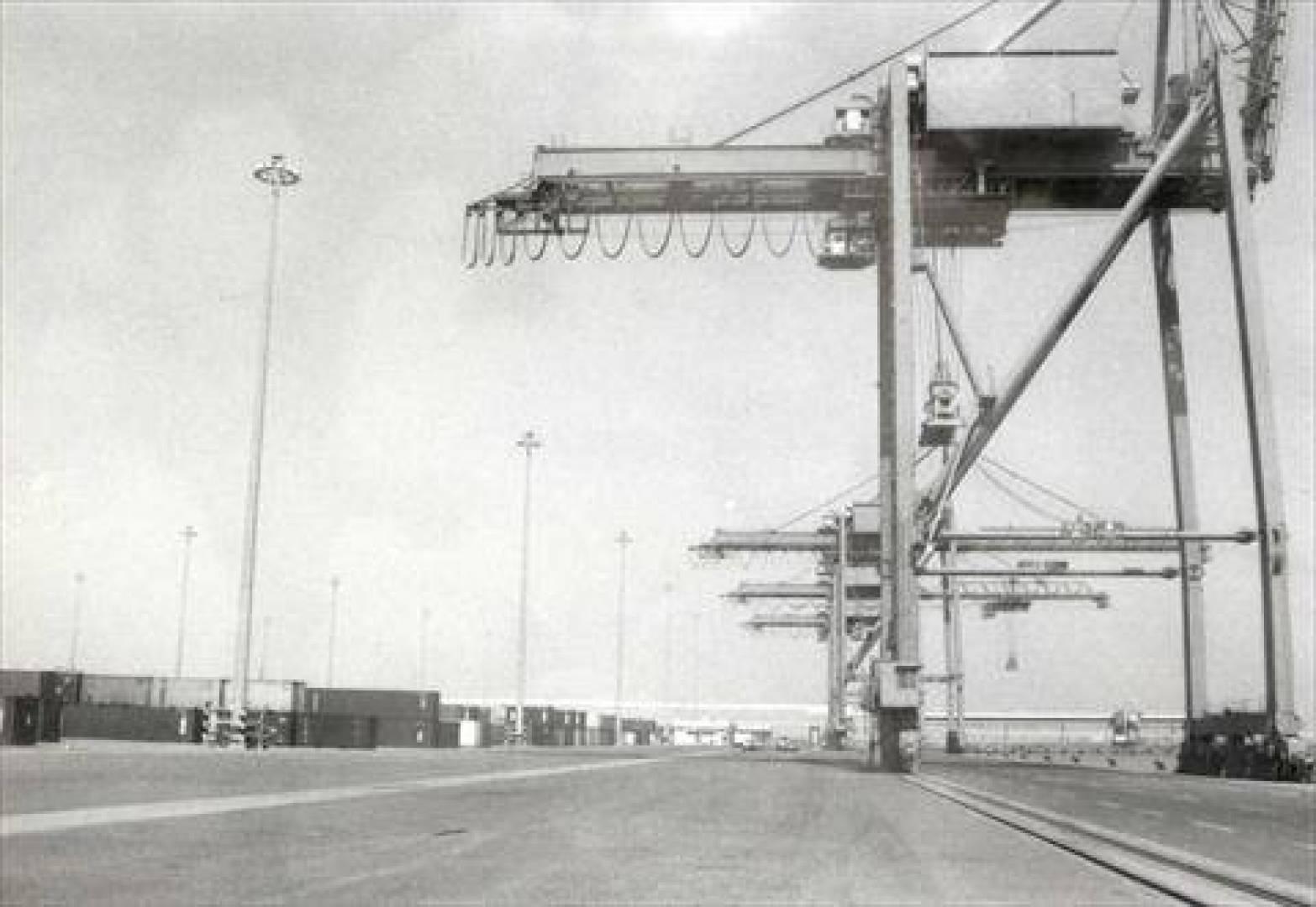 ميناء الشعيبة.. أرشيفية