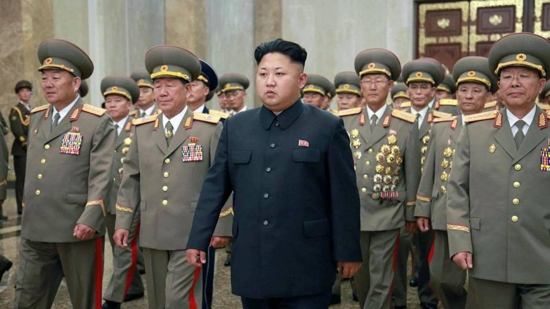 زعيم كوريا الشمالية يوقف خطط التحرك العسكري ضد كوريا الجنوبية
