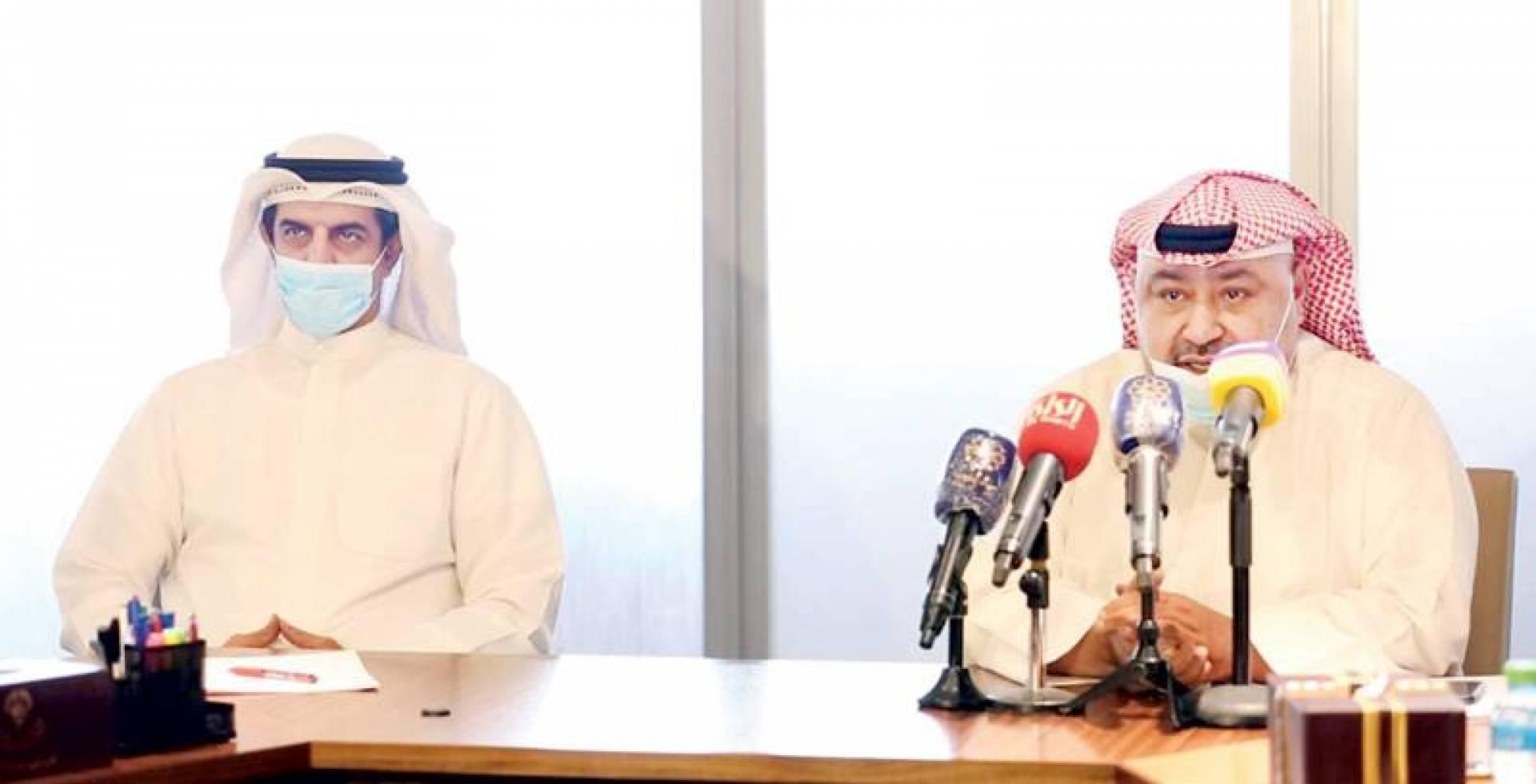 السلطان ودبشة خلال المؤتمر الصحافي
