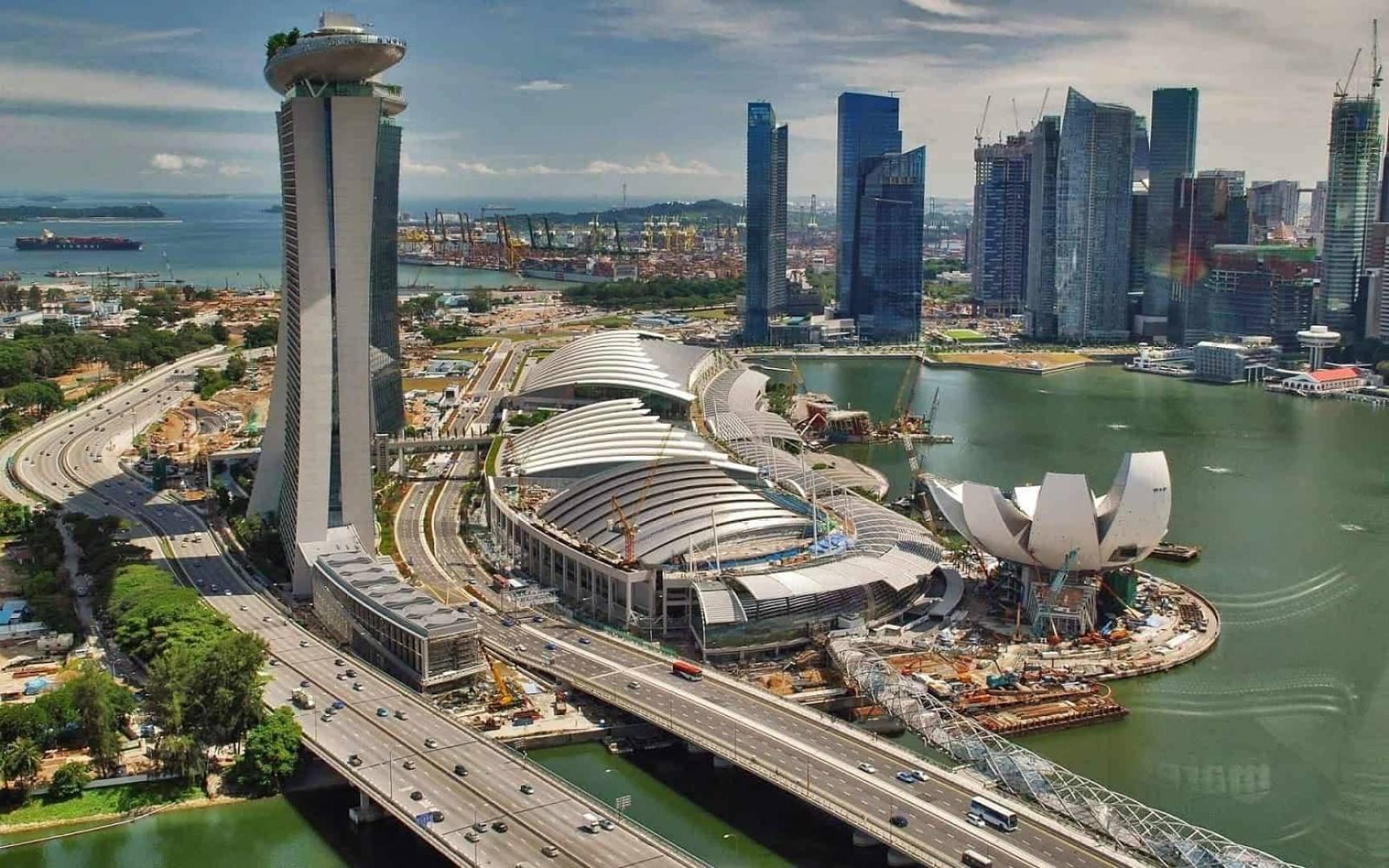 سنغافورة تدخل في ركود للمرة الأولى منذ أكثر من عقد