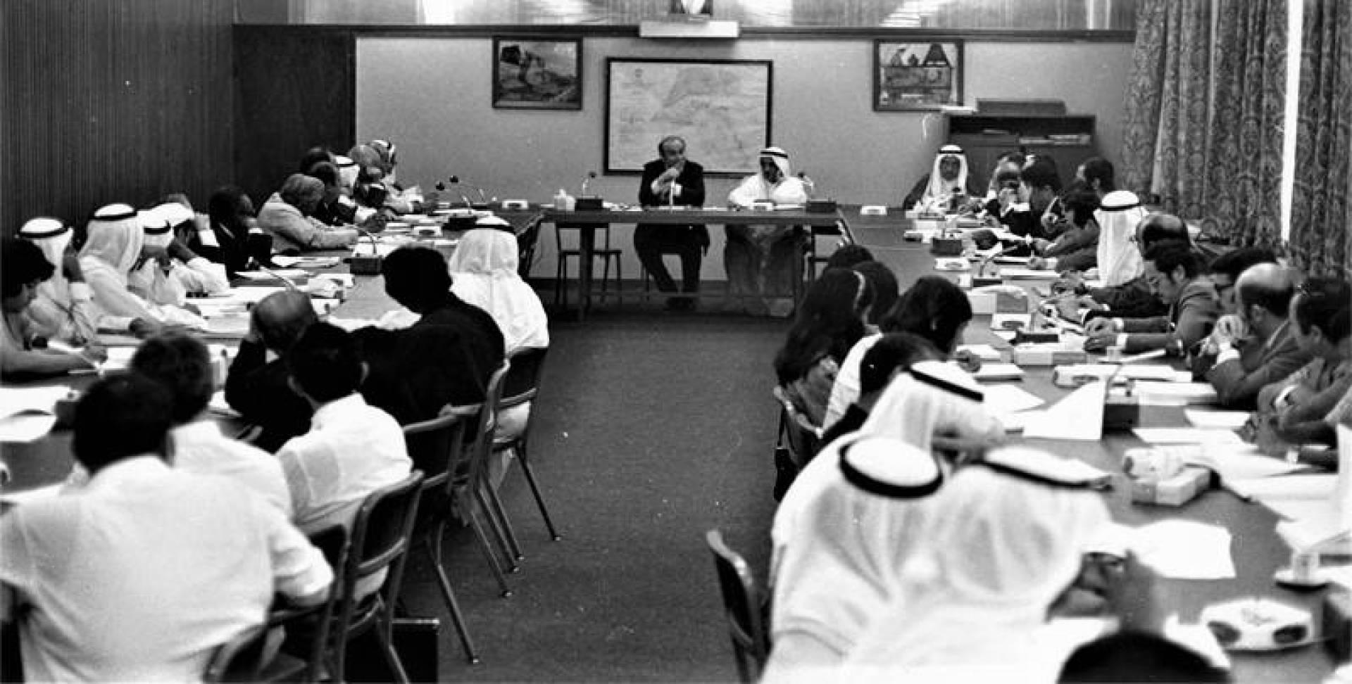 عيسى الحمد مدير الإدارة السياسية بوزارة الخارجية يتحدث حول اجتماعات الدورة الاستثنائية للأمم المتحدة.. أرشيفية
