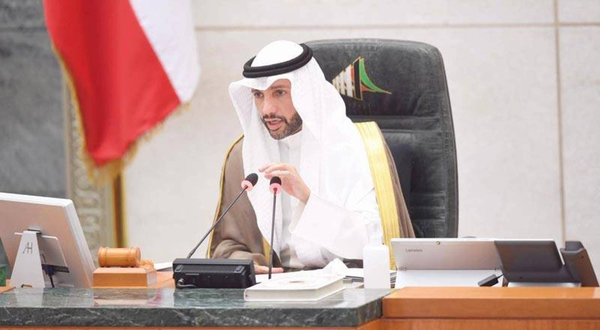 الرئيس الغانم مترئساً الجلسة  (تصوير: حسني هلال)