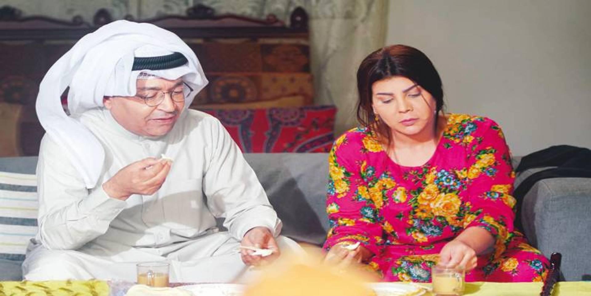 محمد العجيمي وإلهام الفضالة في «وما أدراك ما أمي»