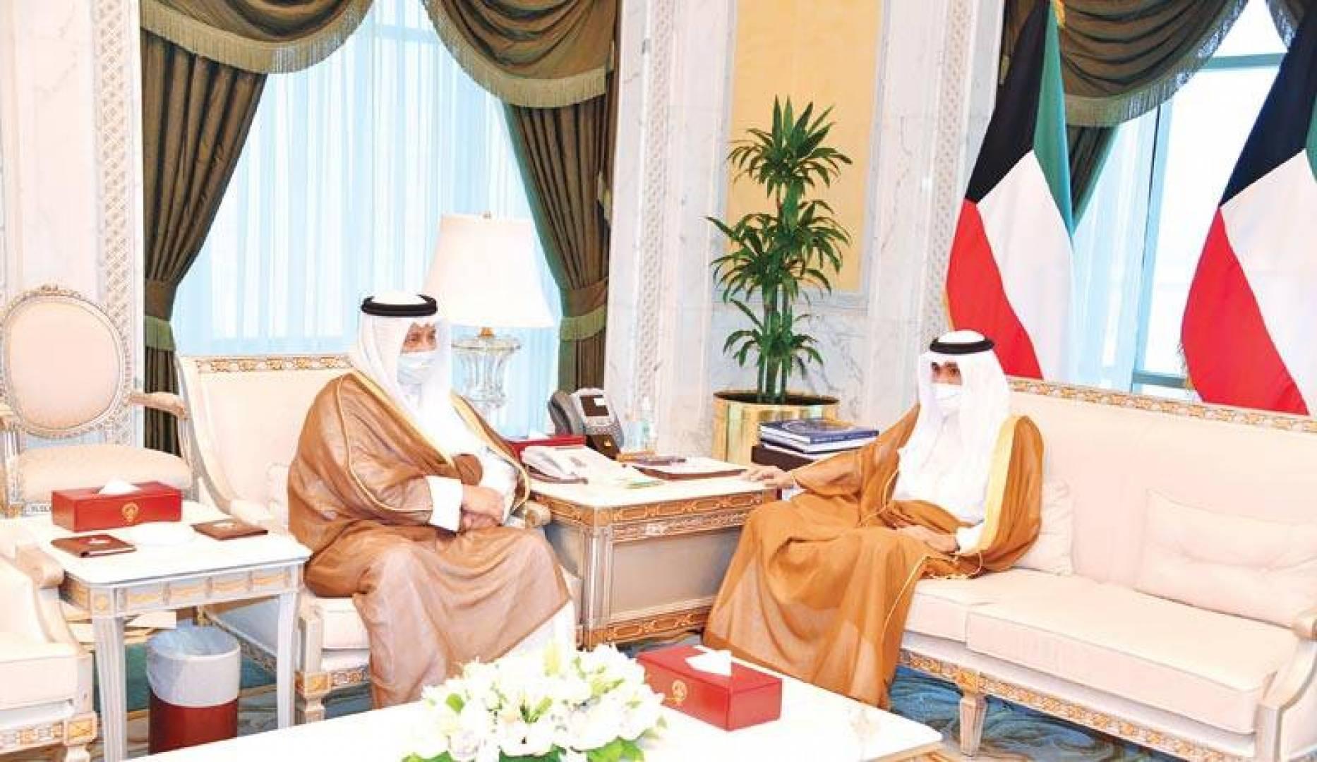نائب الأمير تسلَّم التقرير السنوي للسنة المالية