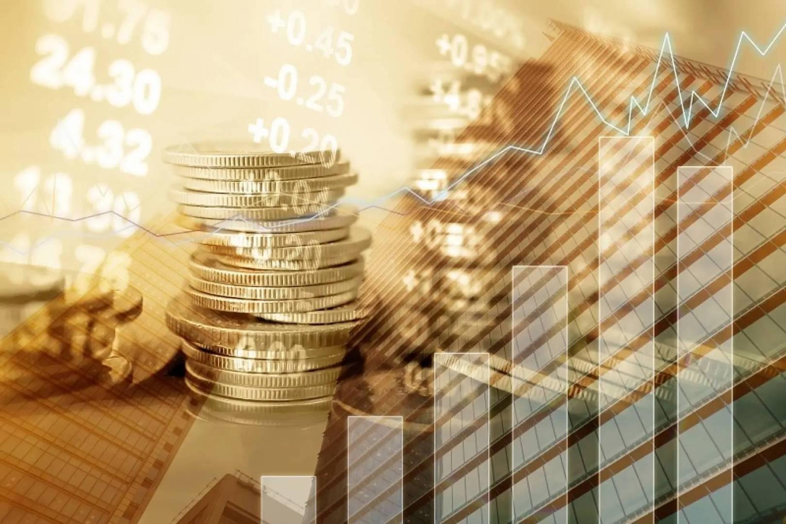 الذهب يربح مع تراجع الدولار والتوقعات الاقتصادية تدعم الإقبال