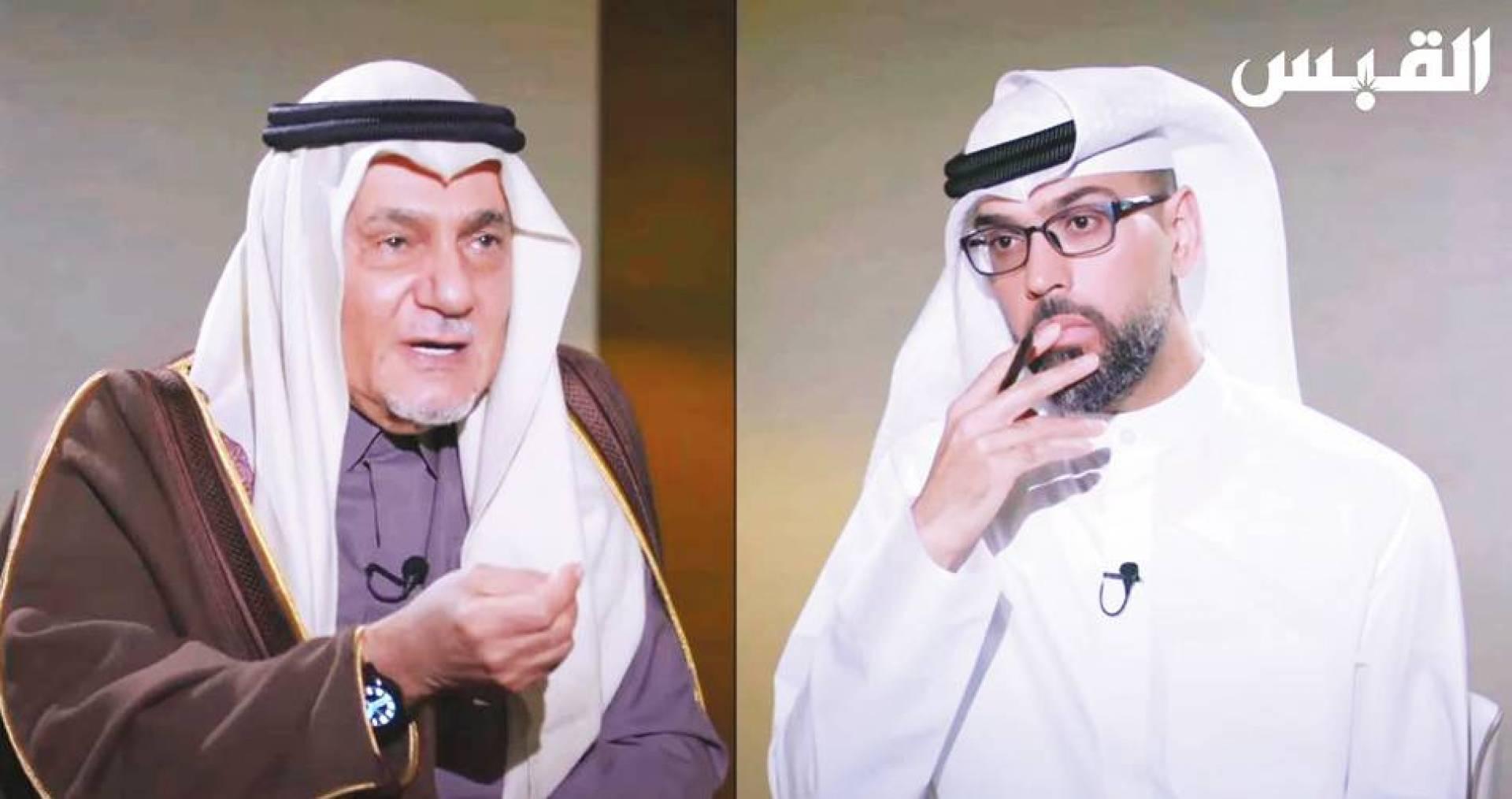 الأمير تركي الفيصل خلال حديثه إلى الزميل عمار تقي في برنامج «الصندوق الأسود»
