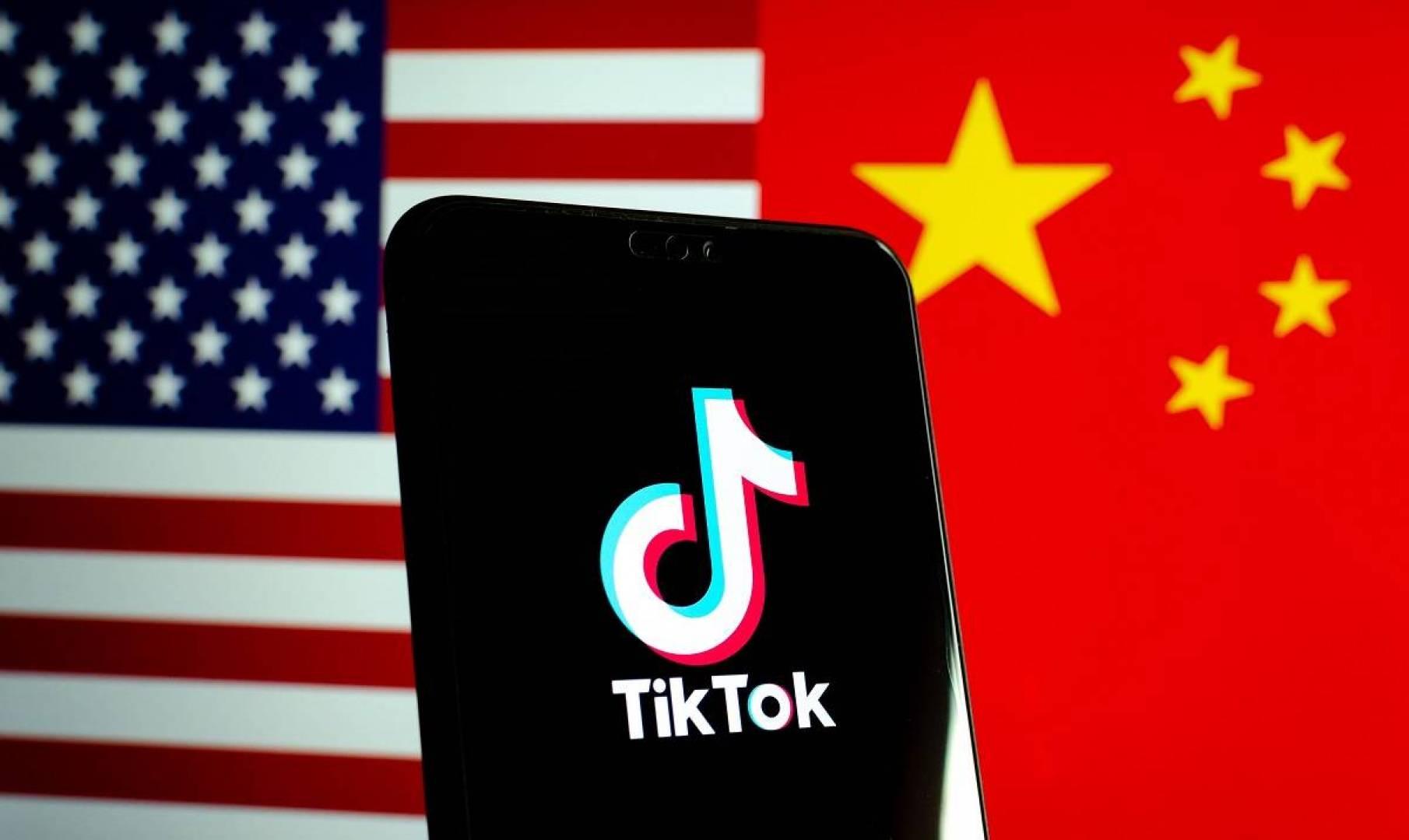 وزير التجارة الصيني: نرفض قرار الحظر الأميركي ضد «تيك توك» و «وي تشات»
