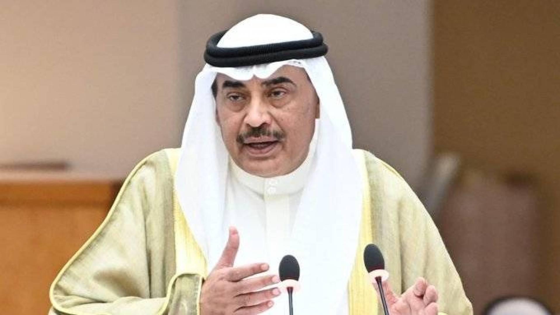 رئيس الوزراء: أشكر الشيخ ناصر الصباح على مساعيه لسد الثغرات أمام الفاسدين