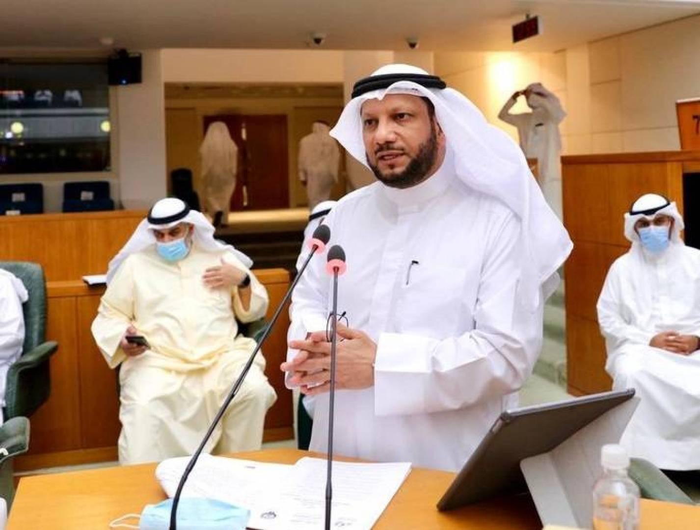 وزير المالية: الحكومة ترغب في إقرار قانون الضمان المالي