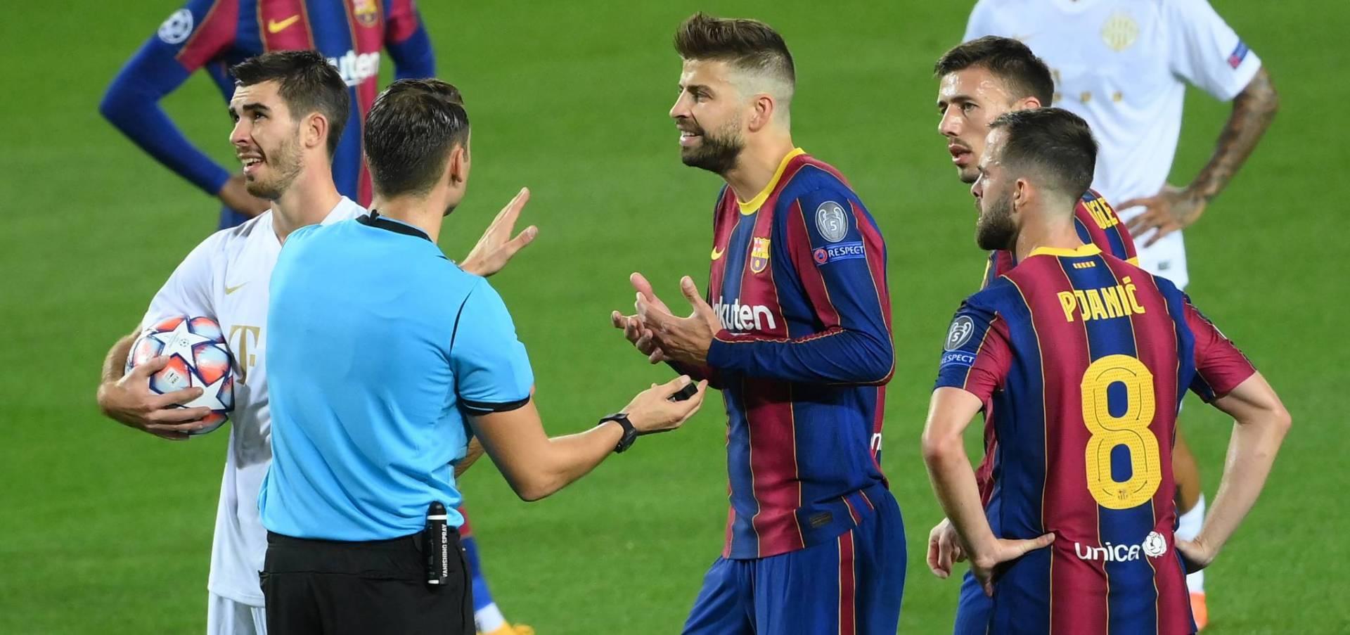برشلونة يرتكب الخطأ؟