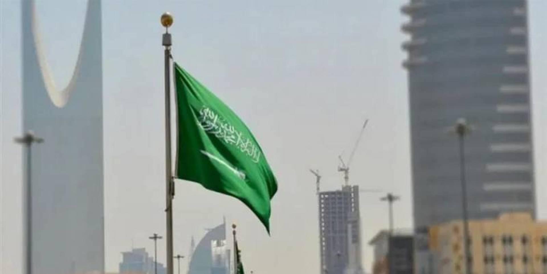 السعودية تتجه إلى إلغاء نظام الكفيل