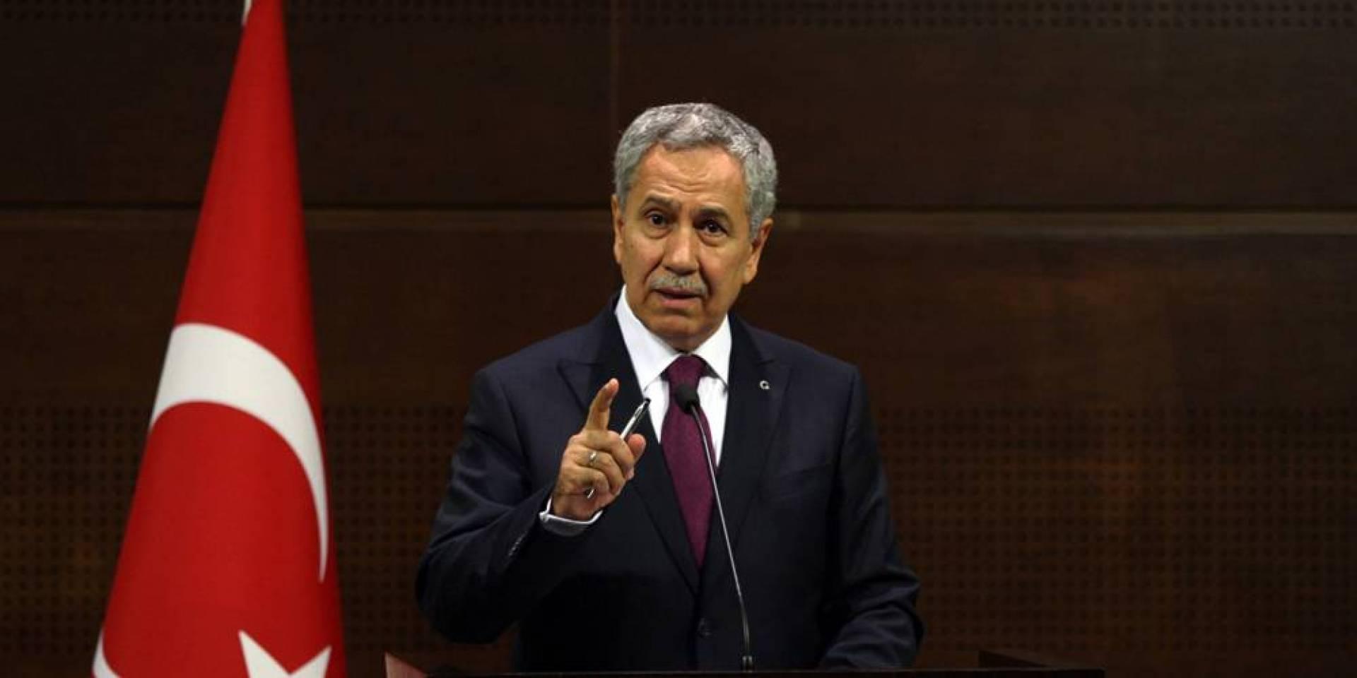 حليف تاريخي لإردوغان يستقيل من منصبه كمستشار رئاسي