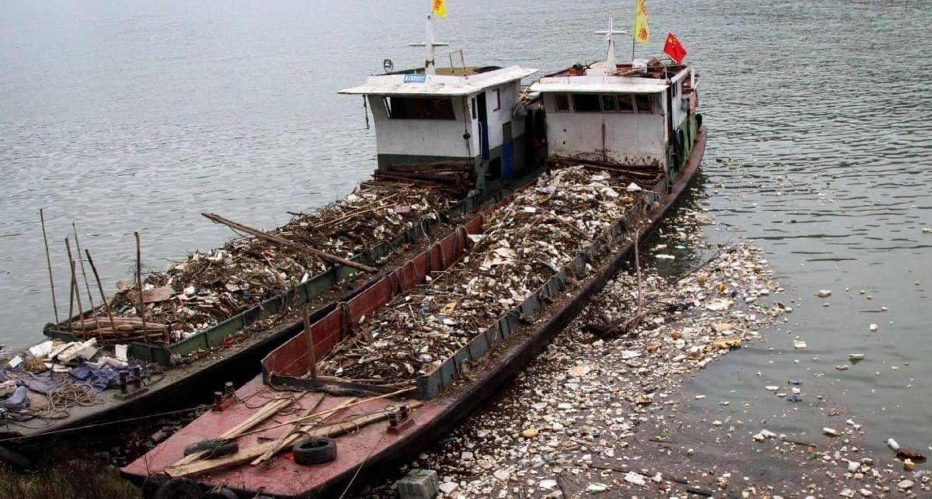 الصين تحظر كافة وارادات القمامة بدءا من العام القادم