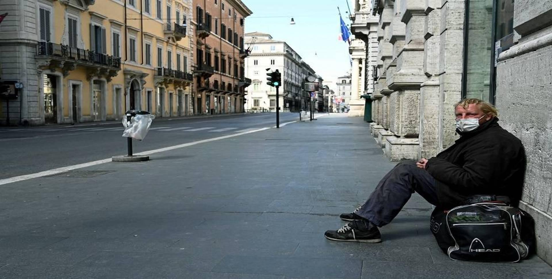 «لا خروج إلا لفرد واحد».. إيطاليا تفرض الحظر الشامل