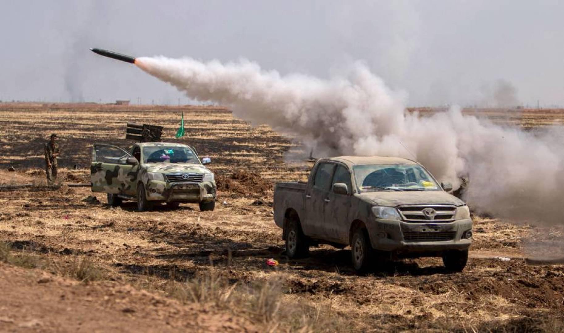 مقاتلون مدعومون من تركيا يشتبكون مع قوات كردية بشمال سوريا