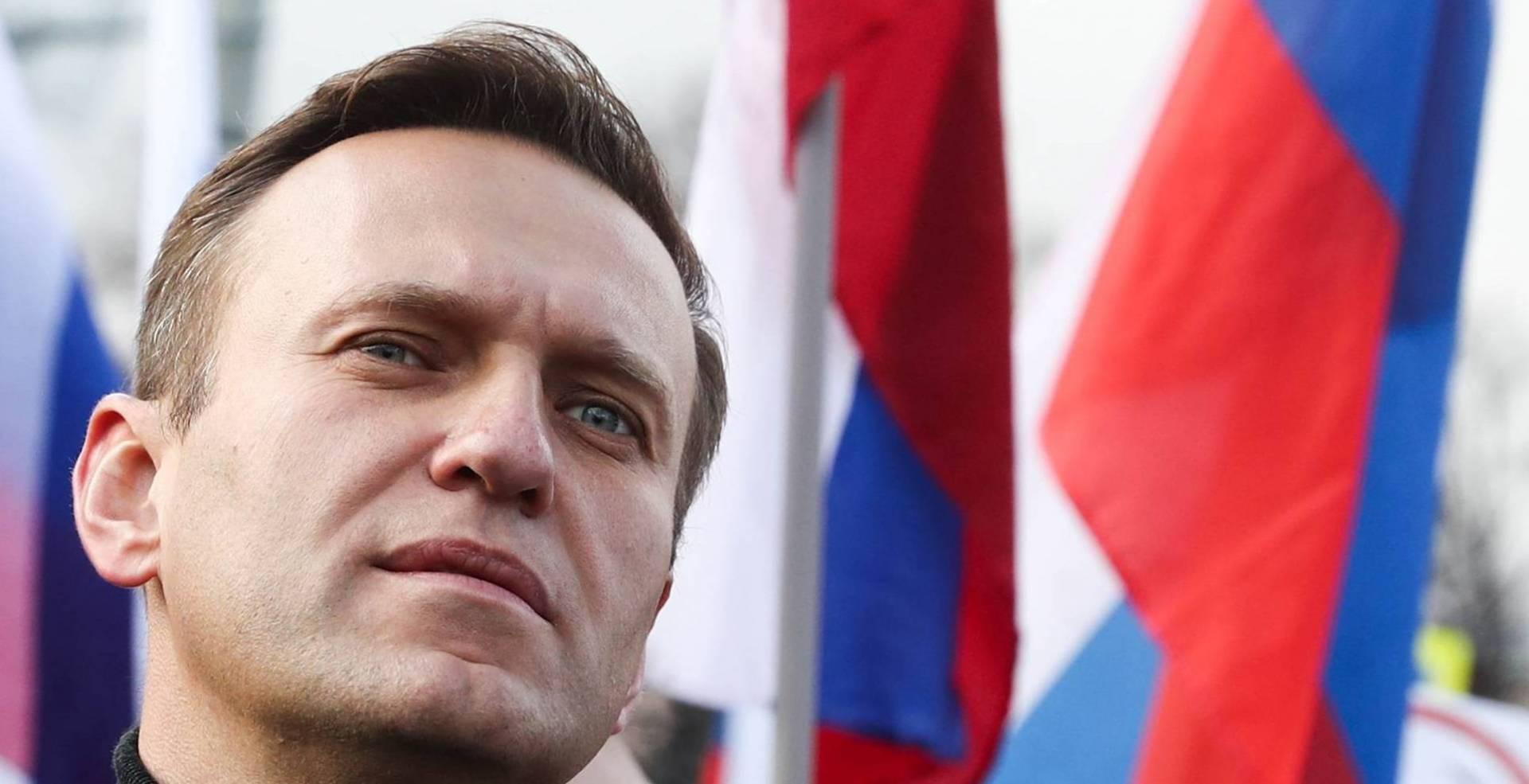 روسيا تستدعي سفراء بعض الدول.. بسبب تسميم نافالني