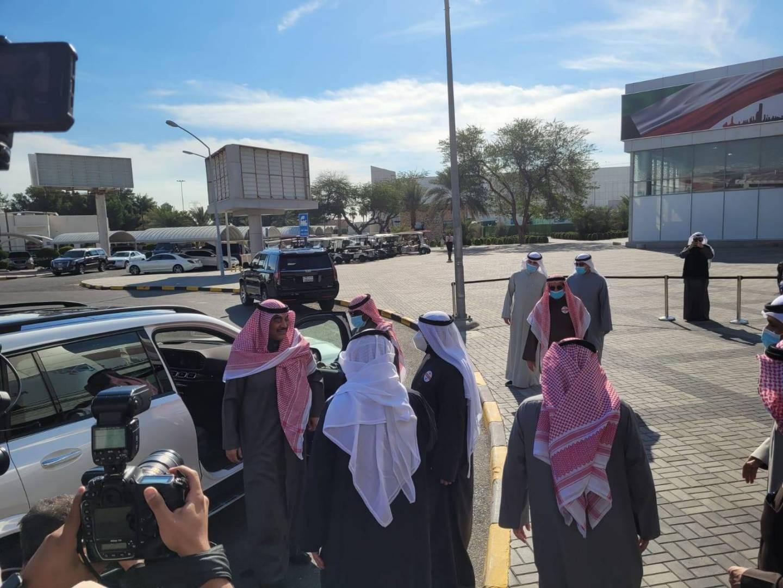 رئيس الوزراء يصل إلى مركز الكويت للتطعيم بأرض المعارض.. لتدشين الصالة رقم 6