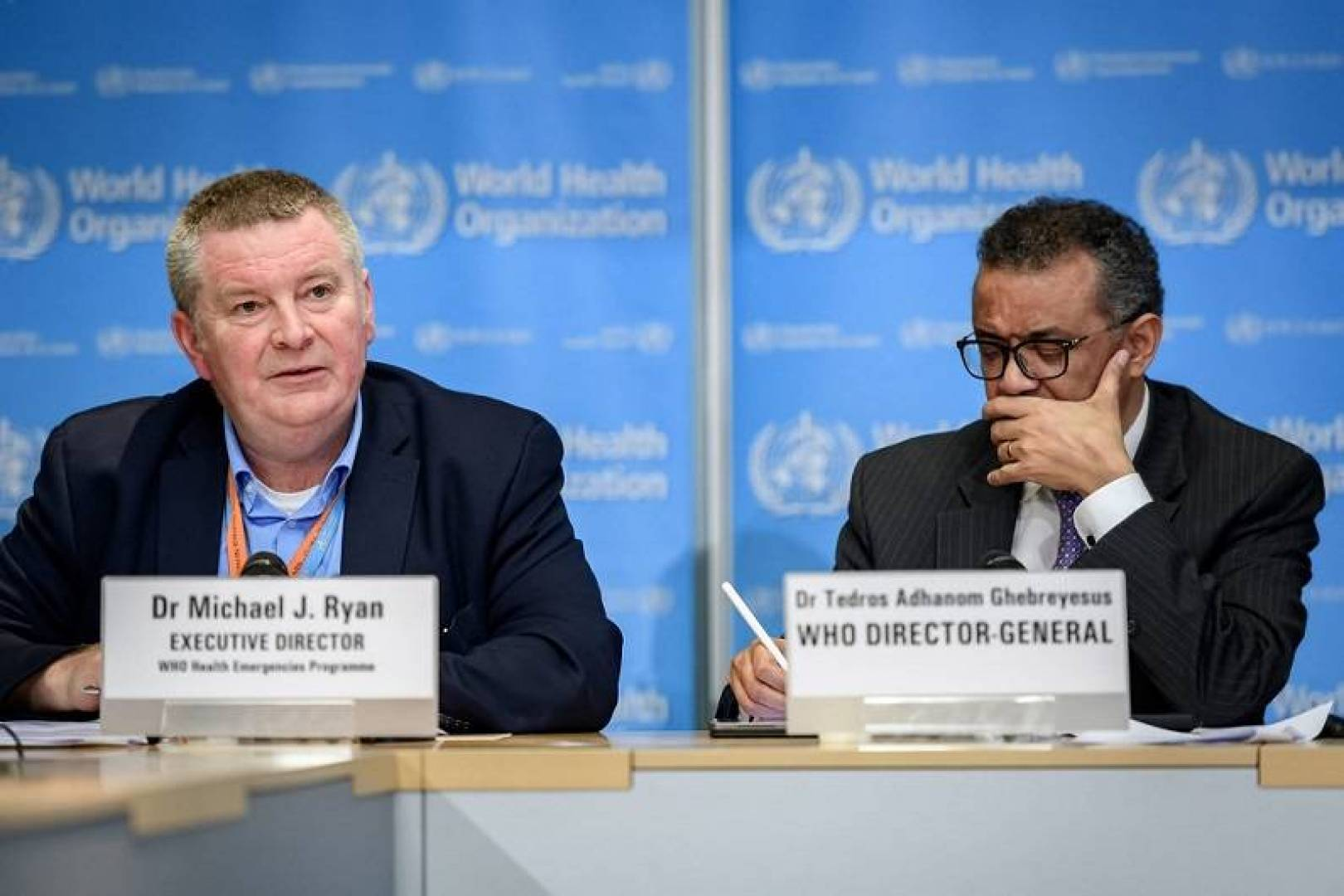 «الصحة العالمية» تتوقع تجاوز وفيات كورونا 100 ألف أسبوعيا
