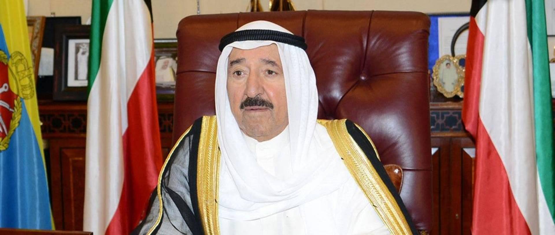 سمو الأمير يعزي الرئيس المصري بضحايا الهجوم الإرهابي في العريش